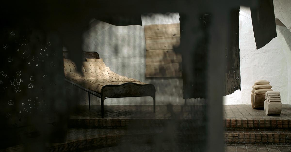 <em>Azsúr</em> – Szanyi Borbála kiállítása