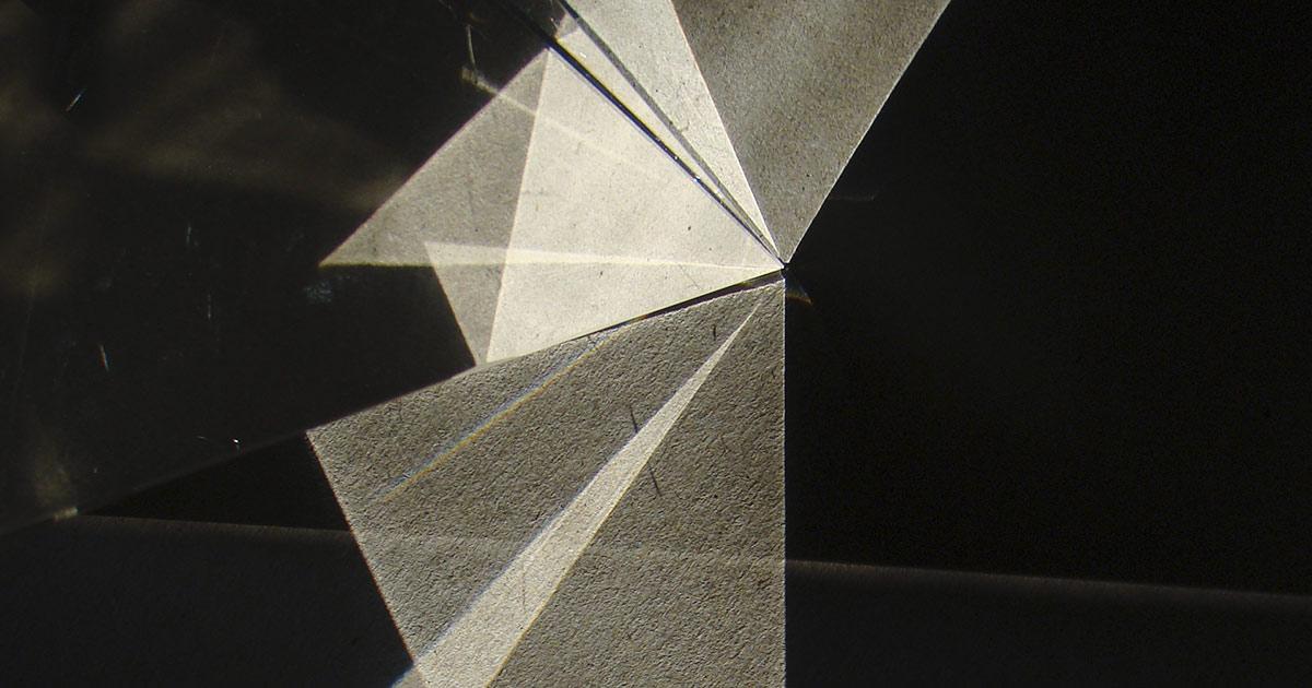 Refraction | Fénytörés – Jederán György kiállítása